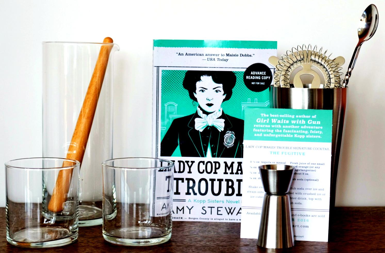Lady Cop Makes Trouble cocktail set