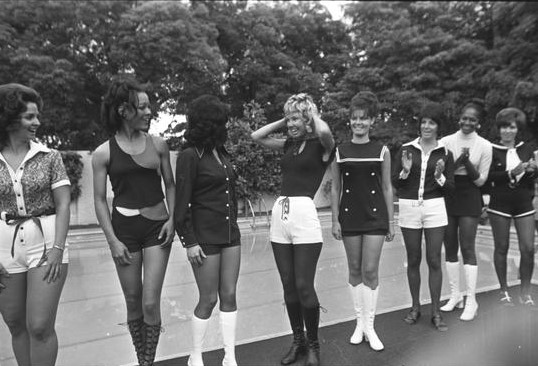 Gaylean Dunn Miss Fuzz 1972 LAT photo collection at UCLA